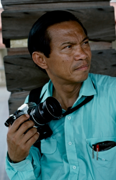 dith pran and camera
