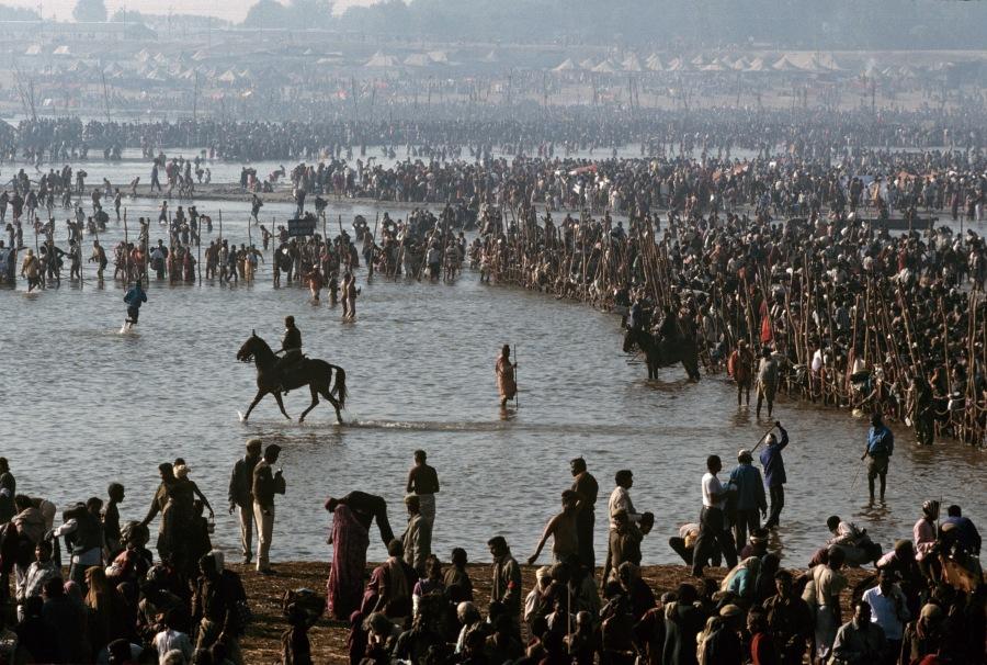 INDIA-10521