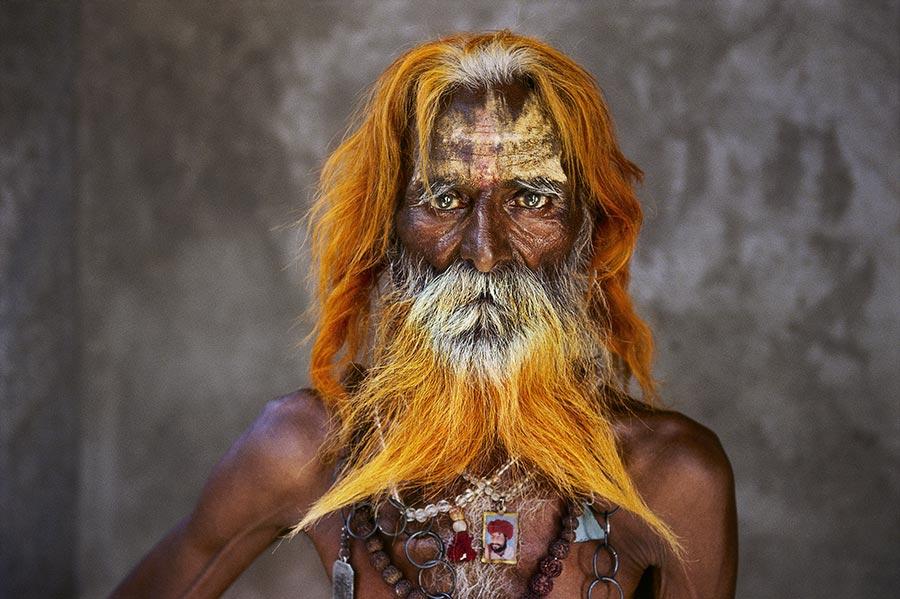 INDIA-11024