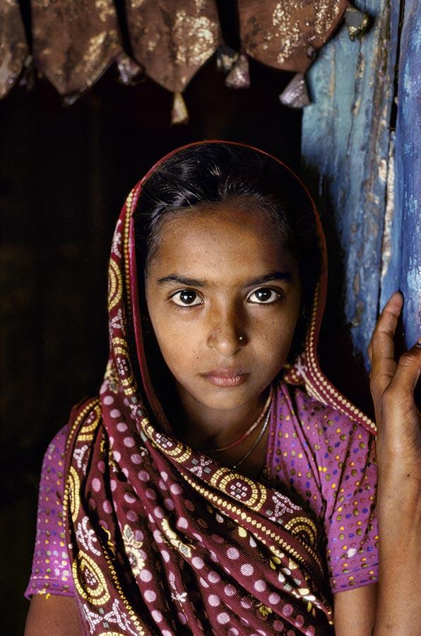 INDIA-11028