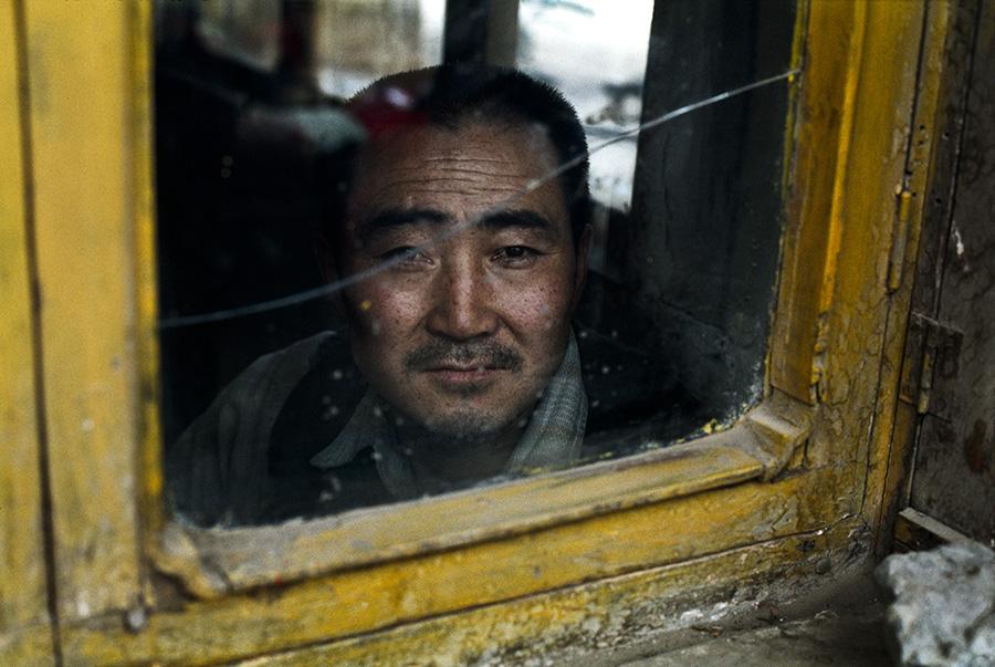 Tibetans, Tibet, 2001