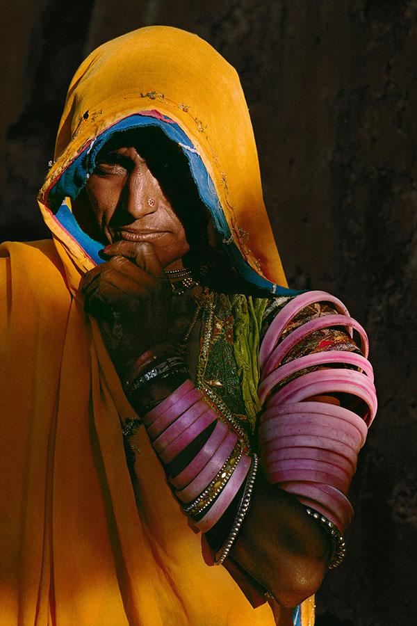 INDIA-10216