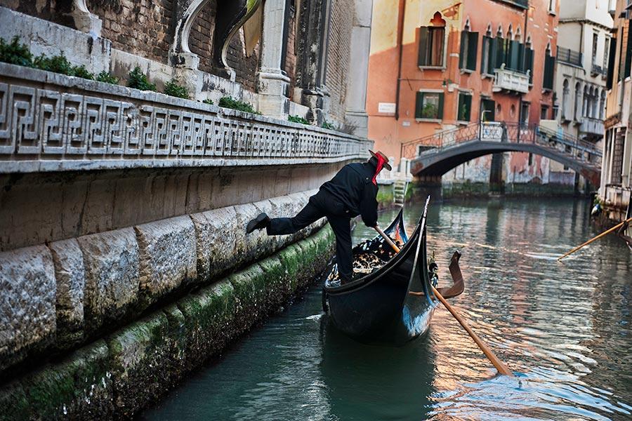 ITALY-10069
