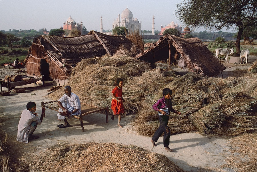 INDIA-10749