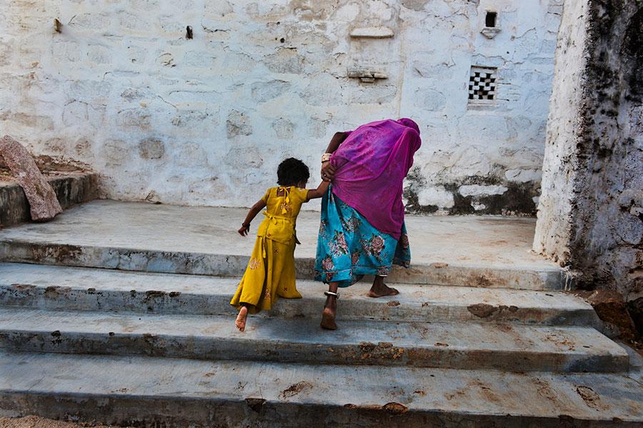 INDIA-11594