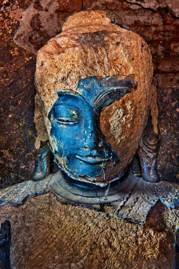 _SM16706, Myanmar, Burma, 02/2011, BURMA-10313 Untold_book