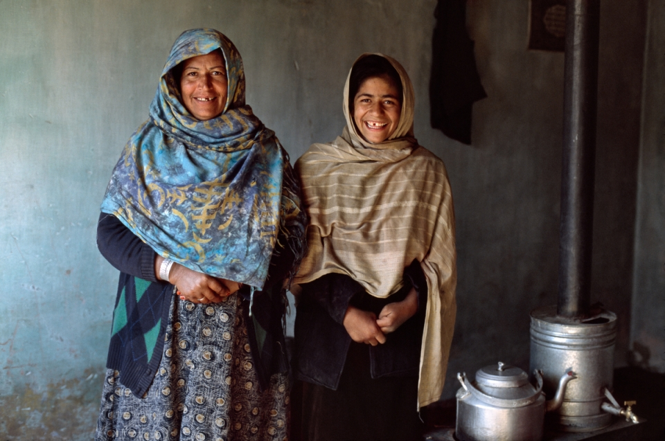 00093_08. Mother and Daughter in Afghanistan, 2003, AFGHN-12678NF