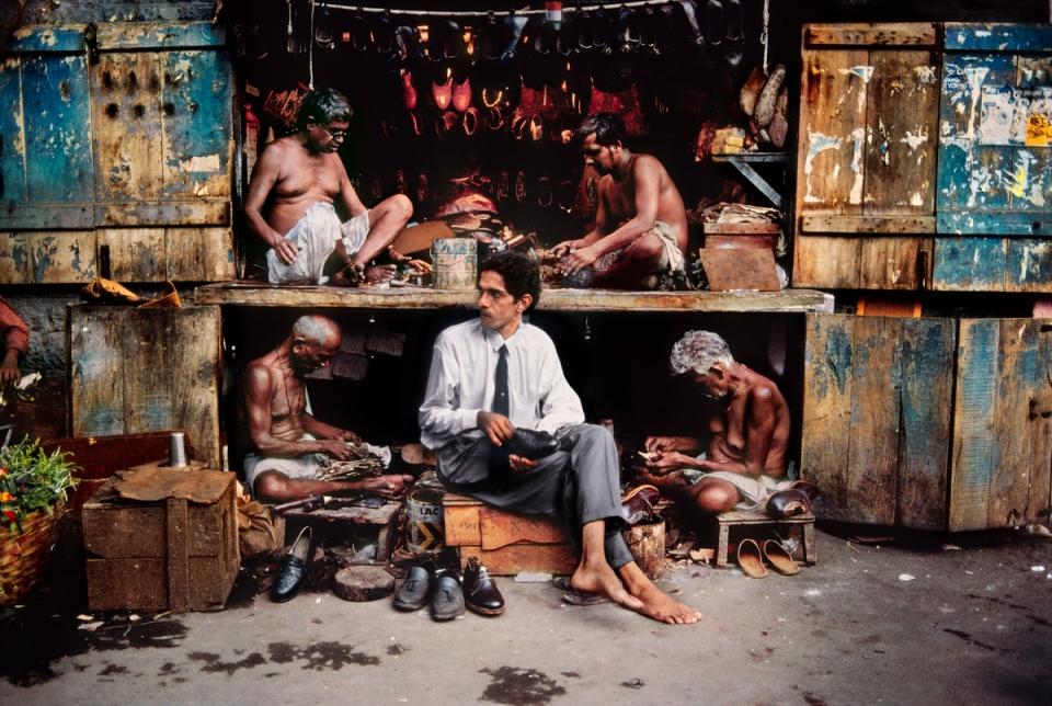 Shoes Repair Shop In Delhi