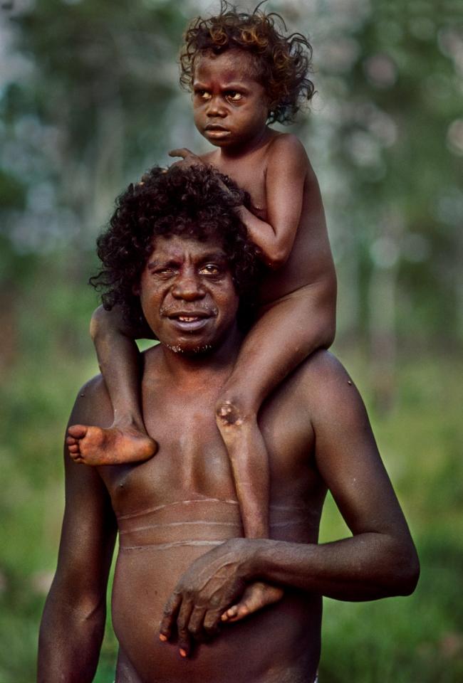AUSTRALIA-10001NF
