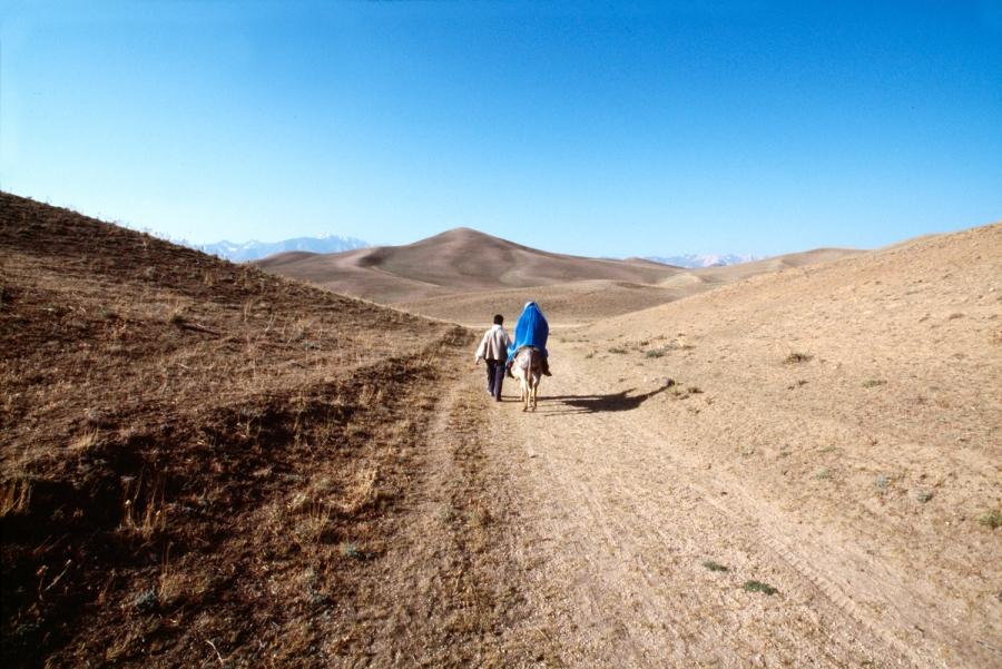 00734_12; Hazara People; Bamiyan; Afghanistan; 07/2006; AFGHN-13083NF6