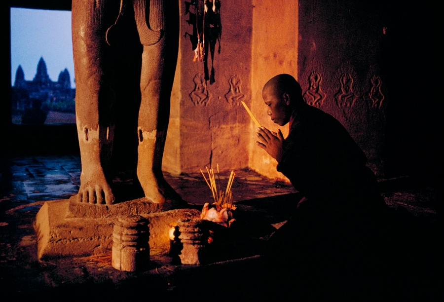 00524_19; Cambodia, Angkor Wat, CAMBODIA-10092NF4 retouched_Sonny Fabbri