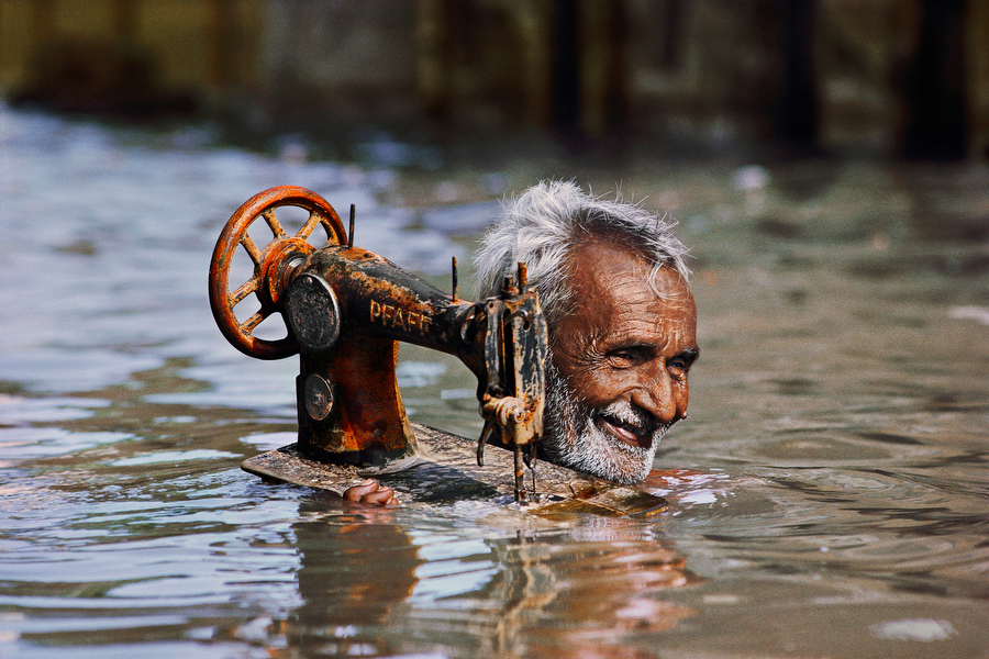 monsoon cripples life in mumbai essay Heavy rainfall cripples normal life in kolkata city of west bengal on may 25, 2016 (bccl) see more of : heavy showers lash kolkata heavy showers lash kolkata heavy rainfall cripples normal life.