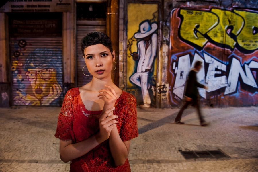 20120517-Pirelli-02807; Pirelli Calendar, Rio De Janeiro, Brazil, 08/2012, BRAZIL-10081. Hanaa Ben Abdesslem stands on the street in Rio. Retouched_Sonny Fabbri ASK BEFORE CHANGING METADATA