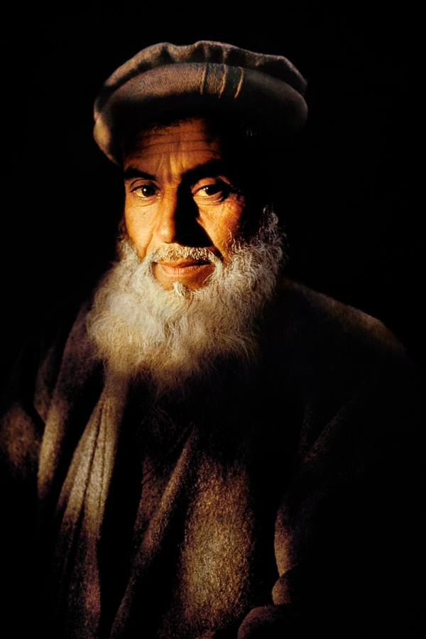 Jalalabad, Afghanistan, 1992, AFGHN-10225. Portrait of a man with cloudy beard. MAX PRINT SIZE: 30X40 final print_milan Portraits_Book In The Shadow of the Mountain_Book Looking East_Book PORTRAITS_book PORTRAITS_APP final print_Beetles and Huxley NYC9239, MCS1992006 K103 Retouched_Sonny Fabbri 02/05/2014 MAX PRINT SIZE: 30X40