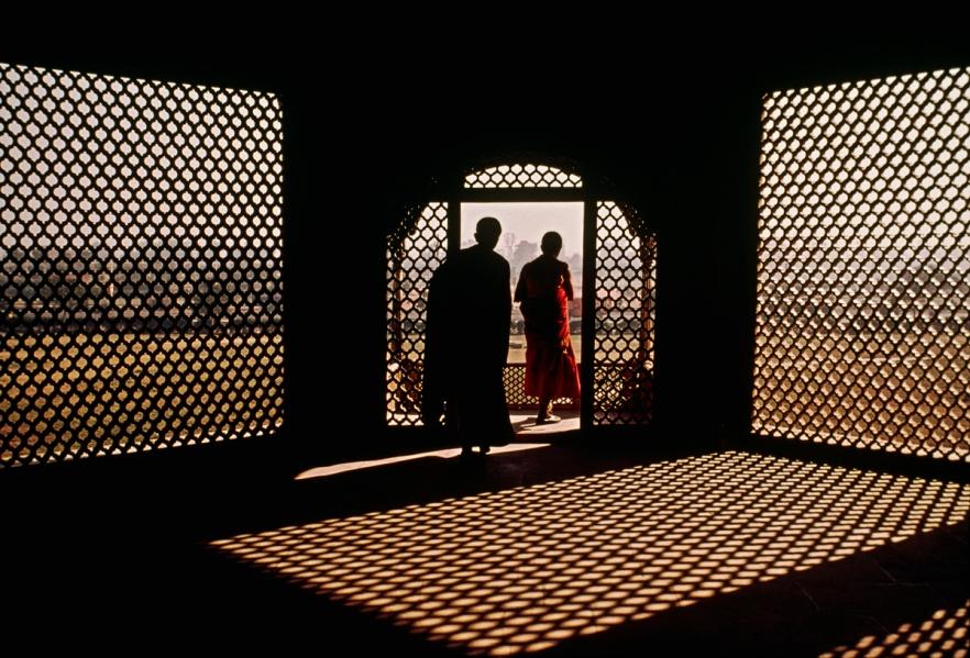 Two Monks at Red Fort, New Delhi, India, 1979 final print_milan final print_UrbanArt'12 retouched_Sonny Fabbri