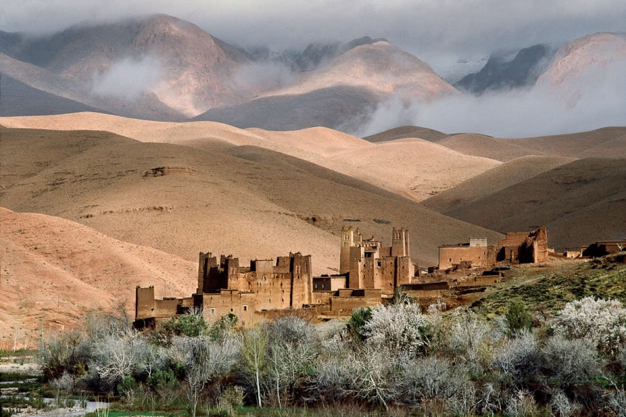 01353_07, Morocco; 03/1988. MOROCCO-10159NF. A view of a desert landscape in Morocco. retouched_Ekaterina Savtsova 12/11/2015