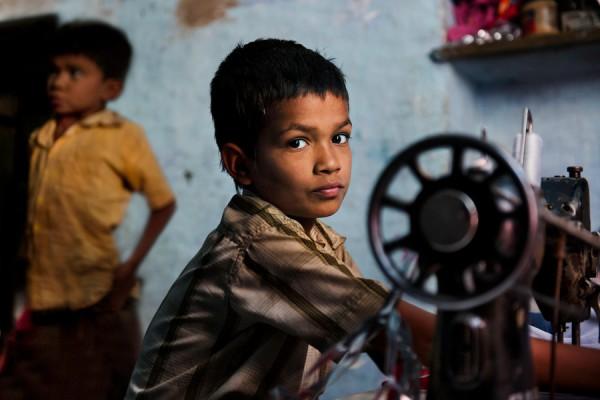 _2SM8311; India, 04/2012
